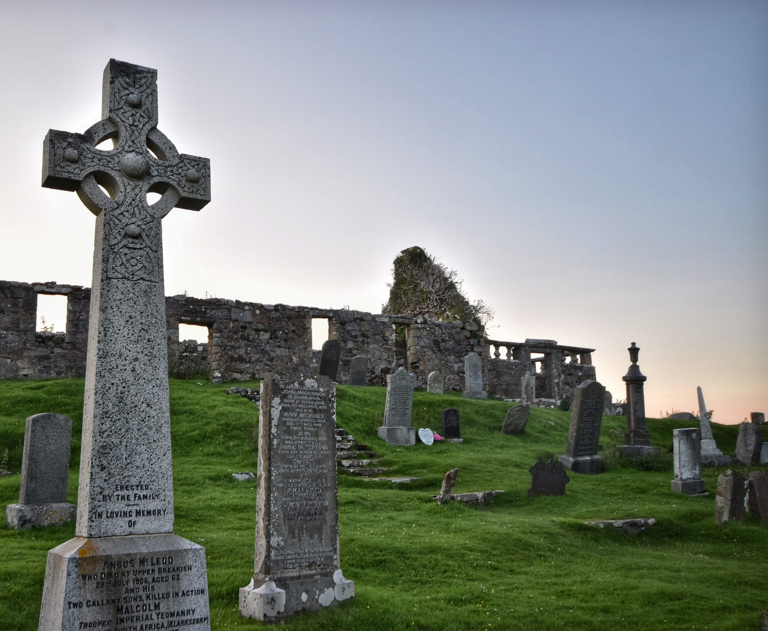 tomas-robertson-Celtic Cross